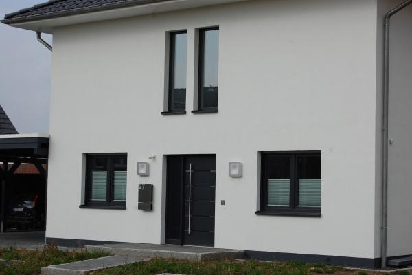 T.R.G. Stadthaus - 001-B