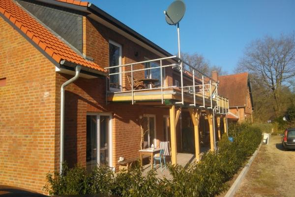 T.R.G. Doppelhaus - 004-B